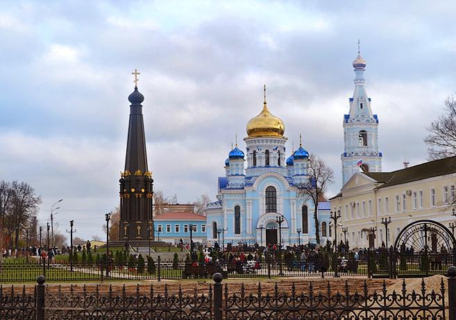 Монумент Славы Малоярославец